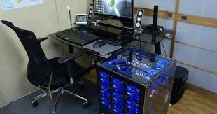 Desk Computer Case by Cool Computer Desk High End Pinterest Desks Tech And