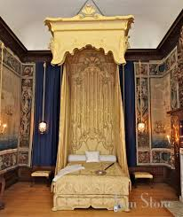 Purple Gothic Bedroom by Images About Royal Bedrooms On Pinterest Bedroom Queen And Arafen