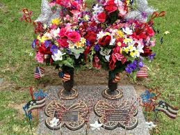 Easter Decorations For A Grave by 35 Best Cemetery Memorial Decorations Images On Pinterest