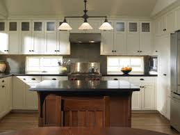 mission style oak kitchen cabinets how to bring artisan craftsman details into your home