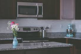 can you use to clean countertops 3 products to never use on granite and what you should use