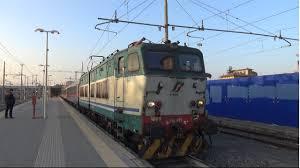 carrozze cuccette e656 489 invio di 4 carrozze cuccette 纐bb in partenza da roma