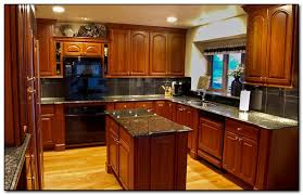 how to coordinate paint color with kitchen colors with cherry