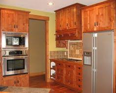 Shaker Style Kitchen Cabinets Manufacturers Ovation Cabinetry Custom Designed Kitchen With Walzcraft Cabinet