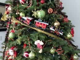 innovative decoration for tree trains the