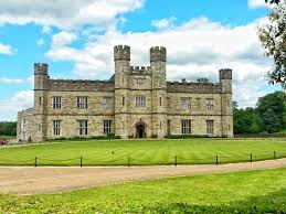 visiting the majestically beautiful leeds castle kent why waste