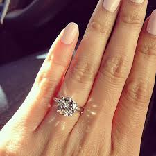 best diamond rings images How to take the perfect engagement ring 39 selfie 39 jpg