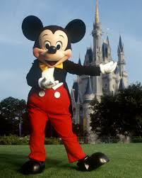 grab fastpass meet mickey mouse magic kingdom disney