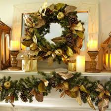 Decorating Banisters For Christmas Dazzling Holiday Decor Christmas Garlands To Grin About