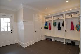 Wainscot Kit Cottage Mud Room With High Ceiling By Kim Scinto Zillow Digs