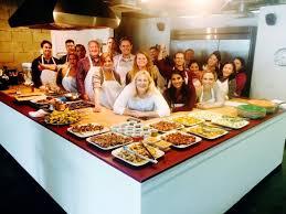 give back volunteer to serve thanksgiving dinner thegoodstuff