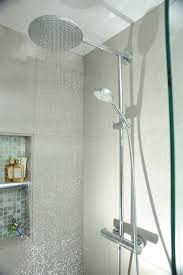 Flush Ceiling Shower Head by Best 25 Rain Shower Heads Ideas On Pinterest Bathroom Shower