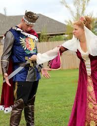 King Queen Halloween Costumes 8 Matching Family Halloween Costume Ideas