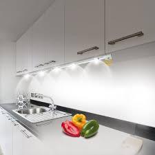 eclairage plan travail cuisine eclairage led 3 spots cuisine plan de travail chambre on sans