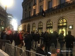 paris apple store apple store paris chơi lớn nhân viên nhảy múa chào khách tổ