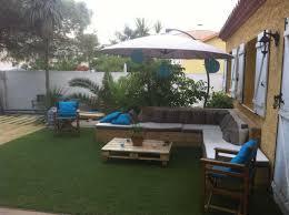 my backyard out of 13 recycled pallets u2022 1001 pallets