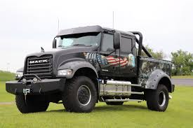 used mack trucks mack trucks riding in rolling thunder to honor fallen u s service
