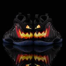 halloeen nike air foamposite one gs halloween little posite u2022 kicksonfire com