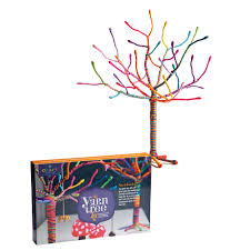 craft tastic yarn tree