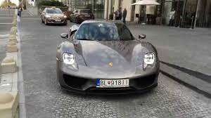 porsche 918 front porsche 918 spyder start up brutal acceleration youtube