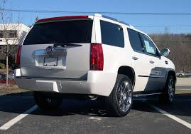 cadillac escalade wiki file 2007 cadillac escalade rear jpg wikimedia commons