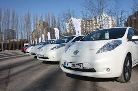 nissan leaf canada used nissan leaf electric vehicles are powering office buildings in