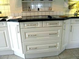 poignees cuisine changer les portes des meubles de cuisine poignees portes cuisine