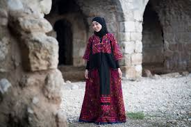 how palestinian women are enlisting traditional dresses into the