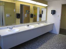 college bathroom ideas college bathroom ideas best 25 college bathroom ideas on