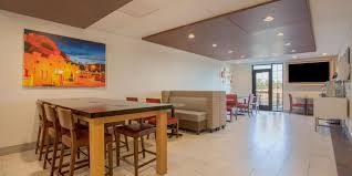 holiday inn express u0026 suites davis university area hotel by ihg