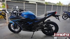 i moto i moto roadtest 2016 ninja 300 se abs