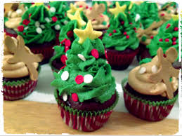 Christmas Tree Frosting Fudge Brownie Cupcakes With Peanut Butter Frosting Daisy Cakes