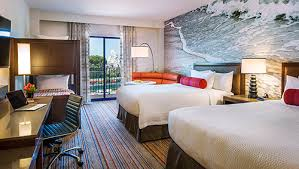 Best Disneyland Hotels For Large Families - Hotel rooms for large families
