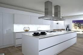photo de cuisine blanche cuisine blanc laque design cuisine blanche laquee design cildt org