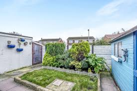 2 bedroom semi detached bungalow to rent smithy green liverpool