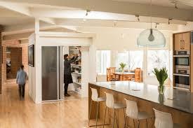 cuisine au milieu de la design interieur garde manger clos design contemporain milieu