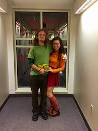 couple halloween costume shaggy and velma from scoobydoo