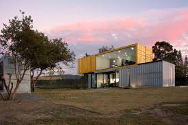4 shipping containers prefab plus 1 for guests container