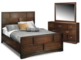 Queen Beds With Storage Toronto 5 Piece Queen Storage Bedroom Set Pecan American