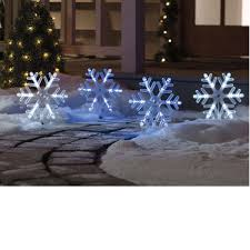 4 snowflakes pathway markers