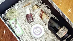 bridesmaids boxes will you be my bridesmaid boxes supporting small businesses