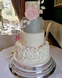 Wedding Cakes Wedding Cakes In Ireland By Louise Clarke Irish Wedding Cakes
