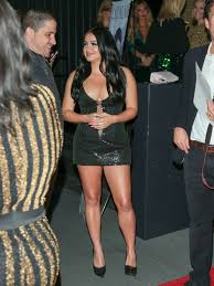 nightingale hollywood ariel winter photos photos ariel winter outside nightingale