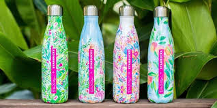 swell starbucks lilly pulitzer lilly pulitzer starbucks collaboration s well bottle with lilly