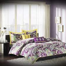 Colors That Go With Purple by Pink And Purple Bedroom Pictures Room Decorating Ideas Tags