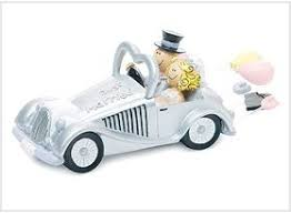 car wedding cake toppers wedding get a way car figurine wedding cake toppers wb 159