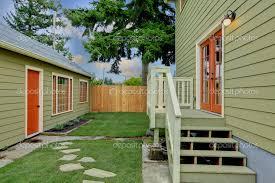 Build A Small Guest House Backyard Triyae Com U003d Small Guest House Backyard Various Design