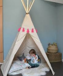 tente fille chambre comment fabriquer un tipi 60 idées pour une tente indienne sympa