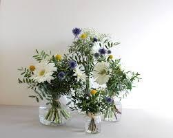 decoration florale mariage décoration florale fleuriste mariage gerberas chardon et