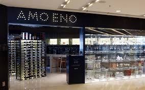 amo eno bruce mau design we feel that the branding the store design and the interactive and social media elements combined with the curated mix of products allow for many